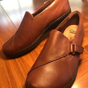 CLARKS Collection Soft Cushion Brown Leather 7 1/3